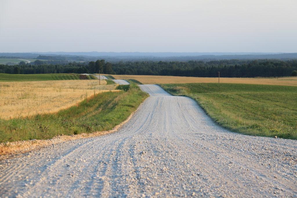 Строительство грунтовых дорог, дачные дороги под ключ